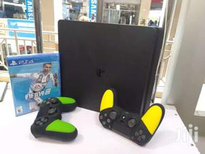 PS4 Used Slim With Fifa 19 + Extra Controller