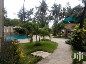 Furnished 2 Bedroom Beachfront Apartments