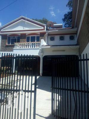 4 Bedrooms Villa - Westlands