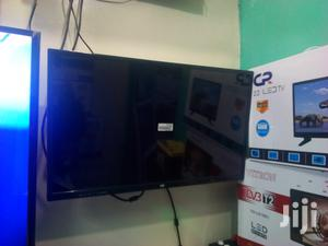 Cr 40 Inches LED Dvbt2 TV