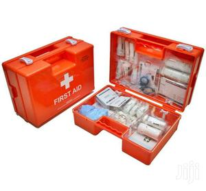 New Plastic First Aid Kit Large Well Equipped Mountable Free Delivery