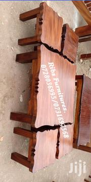 1 Coffee Table and 4 Stools Made of Mahogany Wood | Furniture for sale in Nairobi, Kasarani