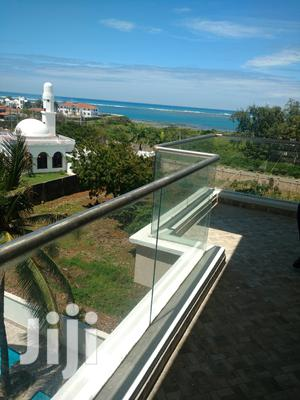 Executive 3br Apartment With Seaview