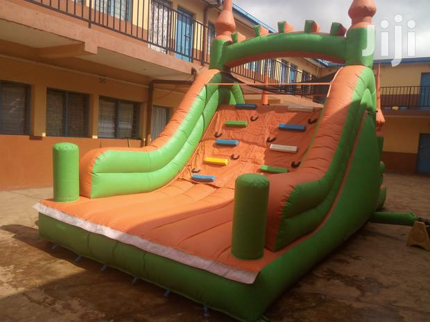 Wall Climbers Climbing Tower Bouncy House Inflatables For Hire