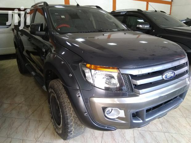 Archive: Ford Ranger 2013 Gray