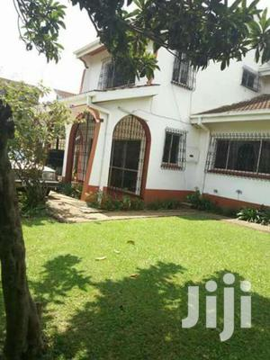 Specious 5br With Sq Apartment To Let