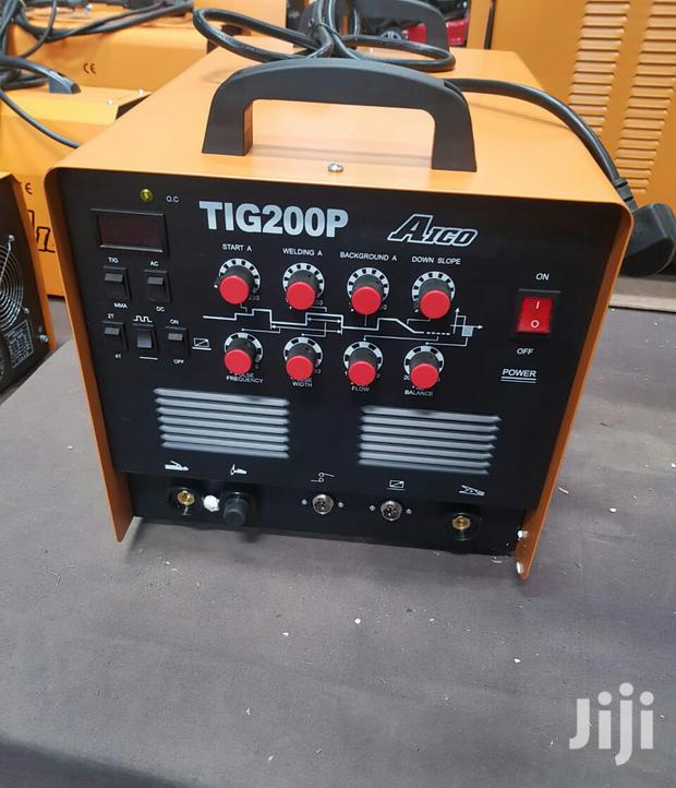 Brand New TIG 200 Welding Machine.