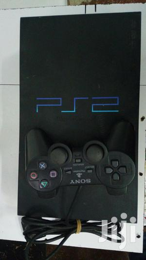 Play Station 2 Chipped With 10games