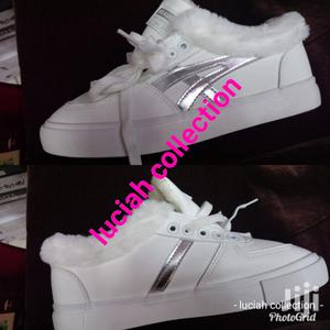 Lady's Sneakers