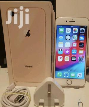 New Apple iPhone 8 64 GB Gold