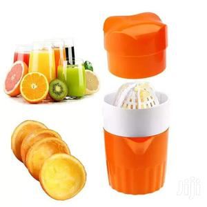 Squeeze And Go Juicer