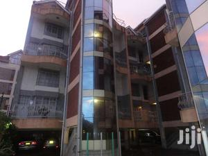 2,3 And 6 Bedroom Aparment In Racecouse