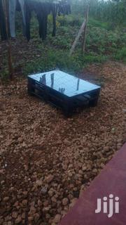 Glass Top Pallet Coffee Tables | Furniture for sale in Nairobi, Ziwani/Kariokor