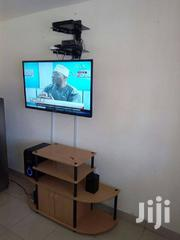 "15"" To 42"" Wall Mount Bracket. 