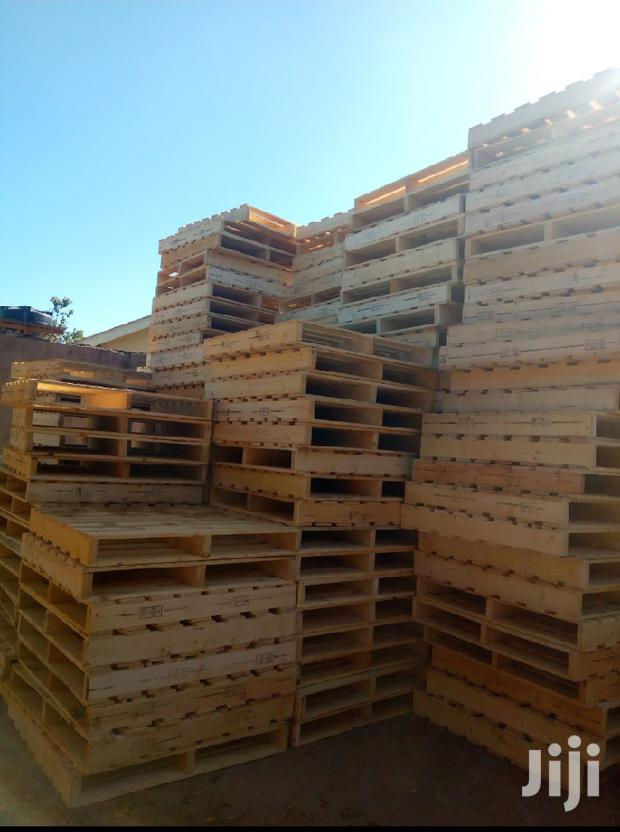 Archive: Pallets And Trappers