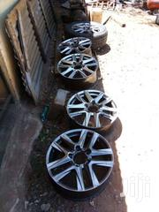 Landrcuiser UJZ100 Rim/Tyre Used 5 Hole 5 Pcs | Vehicle Parts & Accessories for sale in Nairobi, Nairobi South