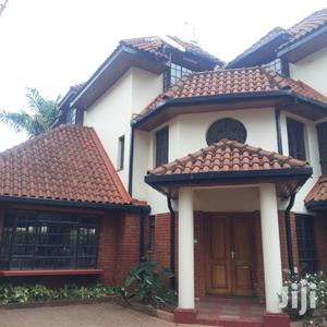 Deniss Pritt Off State House Road, Six Bedroom Villa .