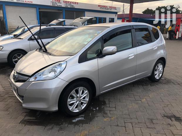 Archive: Honda Fit 2011 Silver
