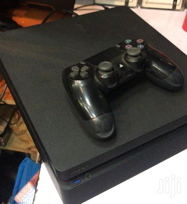 Archive: Ps4 Console With Two Pads & Fifa 19