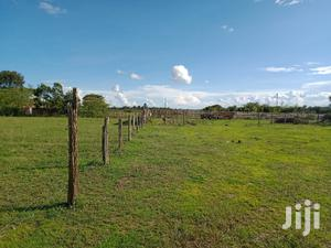 1acre on Sale in Chaka