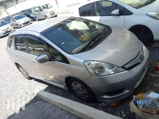 Archive: Honda Fit 2013 Silver