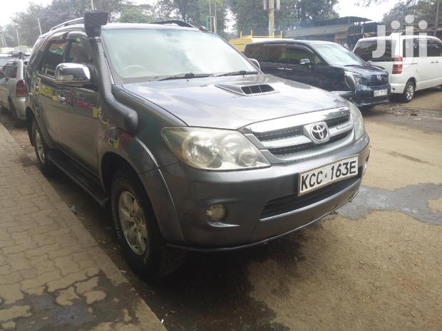 Archive: Toyota Fortuner 2008 Gray