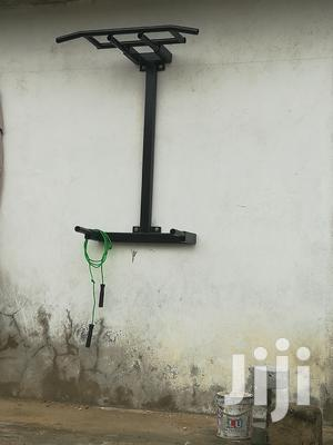 Pull-Up and Dip ( Calisthenic Equipment )