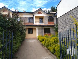 A Very Spacious 3 Bedroom Master Ensuite Townhouse With A SQ In Rongai
