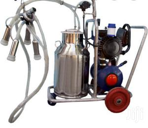 New Arrival, High Quality Milking Machine