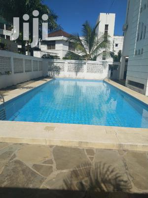 Modern 5br All Ensuite Villa With Pool In A Gated Estate-nyali