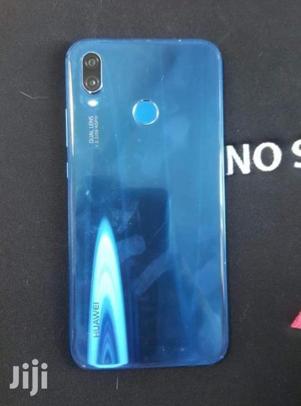 Archive: Huawei P20 64 GB Blue