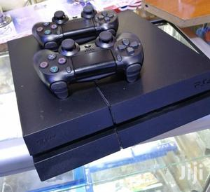 Used Ps4(Two Controllers)