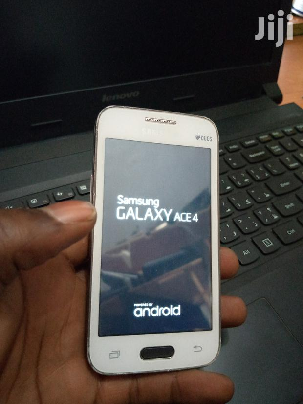 Archive: Samsung Galaxy Ace 4 8 GB Black