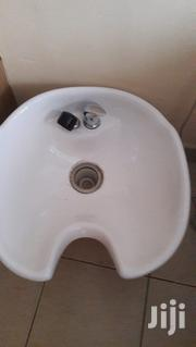 Executive Imported Shampoo Unit For Quick Sale   Salon Equipment for sale in Mombasa, Changamwe