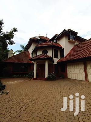 To Let 5bdrm With Dsq Townhouse at Kilimani Nairobi