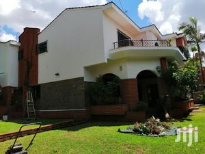 Elegant 5 Bedrooms Corner Villa Plus TV Room And Dsq, 24hrs Security