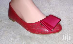 TOM FLAT SHOES. Available in 5 Colors. Size 37-42