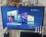 """Samsung 32"""" Digital Tv, In Goog Condition Comes With Wall Mouting 