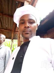 Am A Qualified Chef Looking For A Job Within Nairobi | Restaurant & Bar CVs for sale in Nairobi, Makongeni