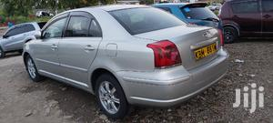Toyota Avensis 2004 Silver