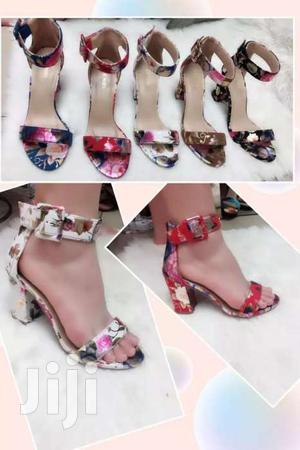 NEW CLASSY FLORAL CHUNKY HEELS