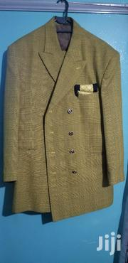 """Italian Made Dino Divinci Gold Black Suit, Size 42""""l/Large 