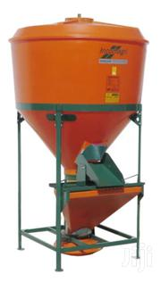 Feed Mixers 300,500 And 1000 Kg Working Capacity Electric Motor Driven | Farm Machinery & Equipment for sale in Homa Bay, Mfangano Island