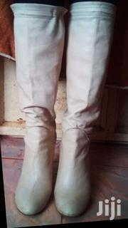 Simple Creme White Leather Boots | Shoes for sale in Kiambu, Juja