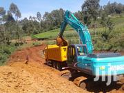 Kobelco 21 Ton Excavator With Bucket For Hire | Building & Trades Services for sale in Nairobi, Kilimani