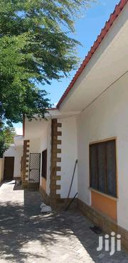 3bedr Bungalow to Let Located at Mombasa Bamburi Vescon Est | Houses & Apartments For Rent for sale in Mombasa, Bamburi