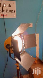 2000 Watts YELLOW HEAD TUNGSTEN LIGHTING | Cameras, Video Cameras & Accessories for sale in Kajiado, Ngong