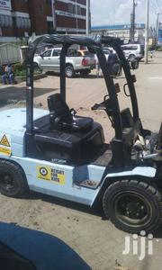 Forklift For Hire | Heavy Equipments for sale in Nairobi, Viwandani (Makadara)