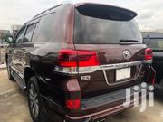 CREAM 2016 LAND CRUISER ZX V8 PETROL   Vehicle Parts & Accessories for sale in Nairobi, Makina